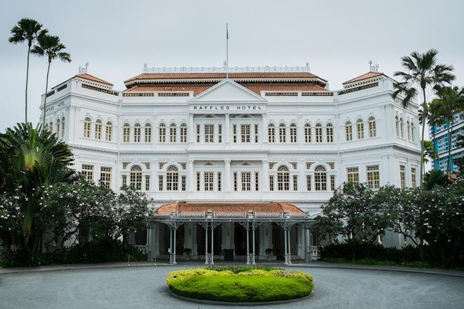 Iconic hotel in Singapore open again for reservations