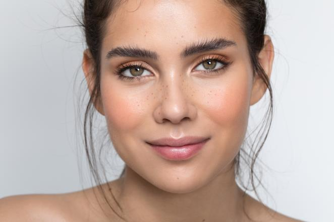 According to experts, you can no longer do this with your eyebrows