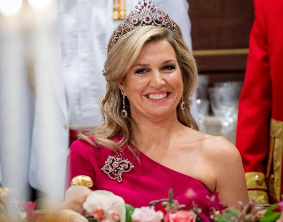 State visit to Indonesia: What will Máxima wear?