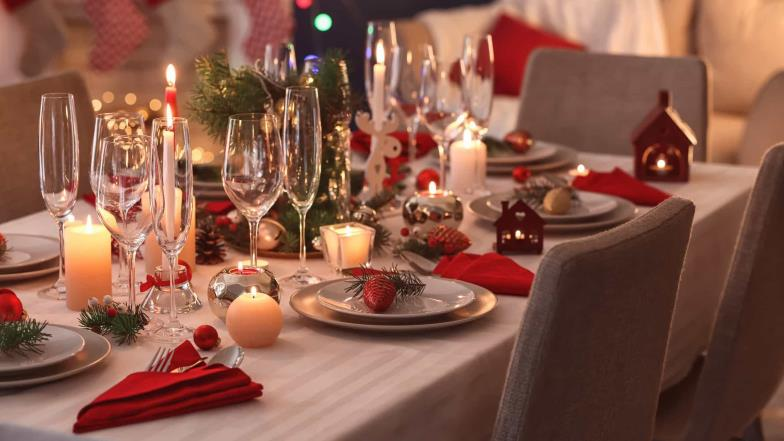 Questions that cause major annoyances during the Christmas dinner