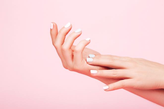 This way you can find out which nail shape fits best with your hands