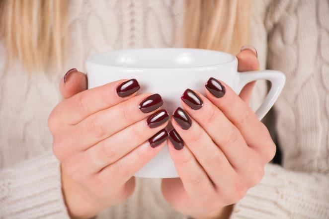 This way you ensure healthy and strong nails