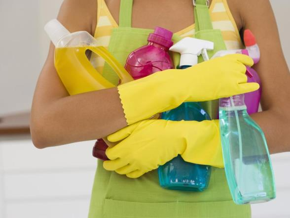 A different cleaning product for each surface: is that necessary?
