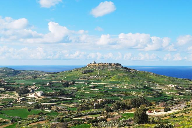 Why you want to go on holiday to Malta in the spring